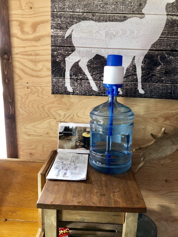 Ryder – Intérieur, distribureau d'eau